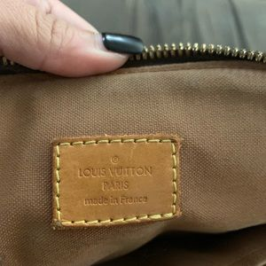 Louis Vuitton Bags - Authentic Tivoli LV purse
